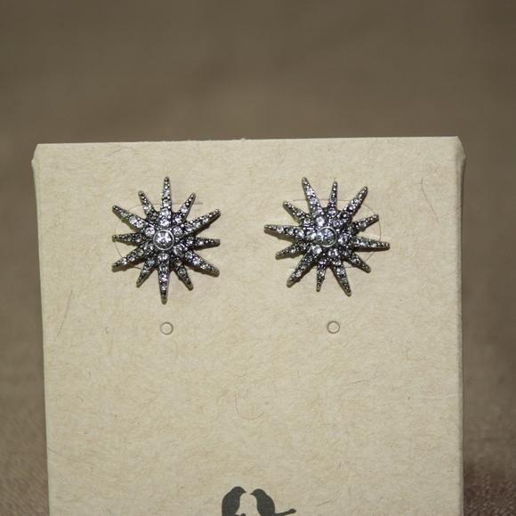 Chloe + Isabel Jewelry - Starburst Stud Earrings